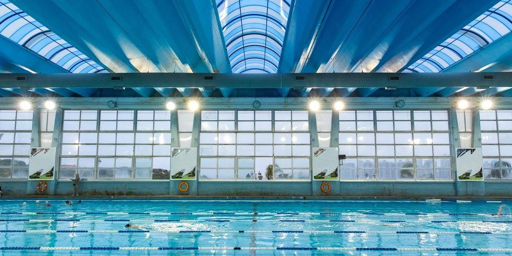 Gevolgen van chloor in zwembaden voor elektrotechnisch materiaal